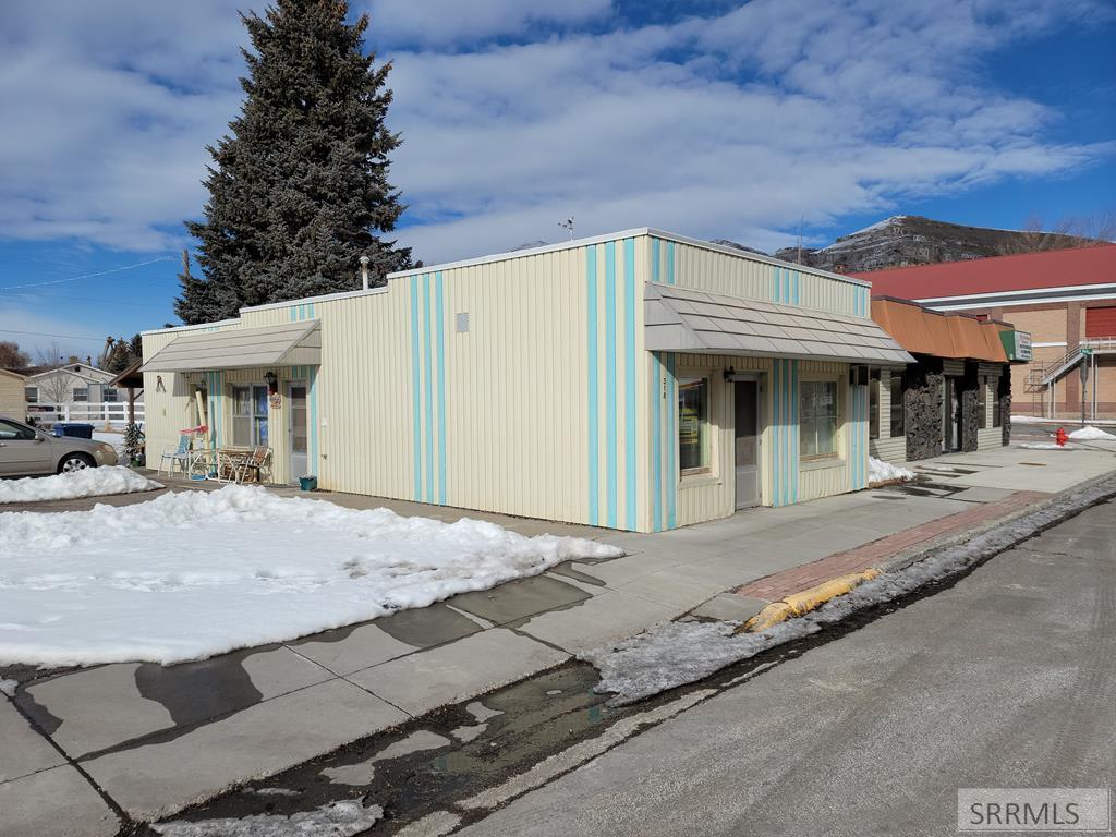 318 Grand Avenue Property Photo