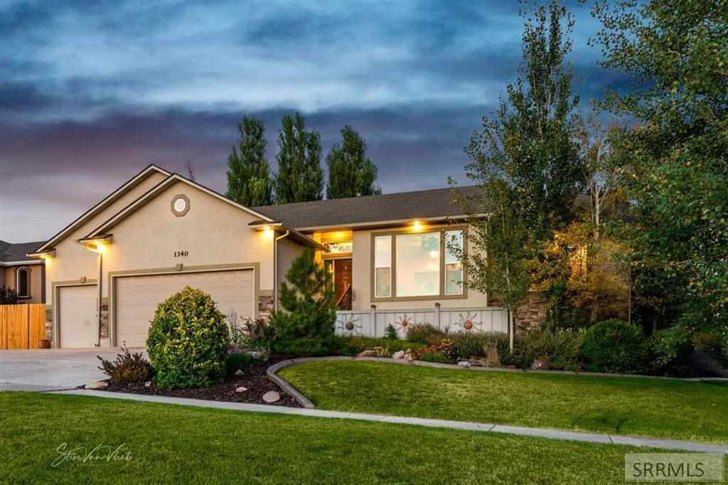 1340 Camelback View Drive Property Photo - POCATELLO, ID real estate listing