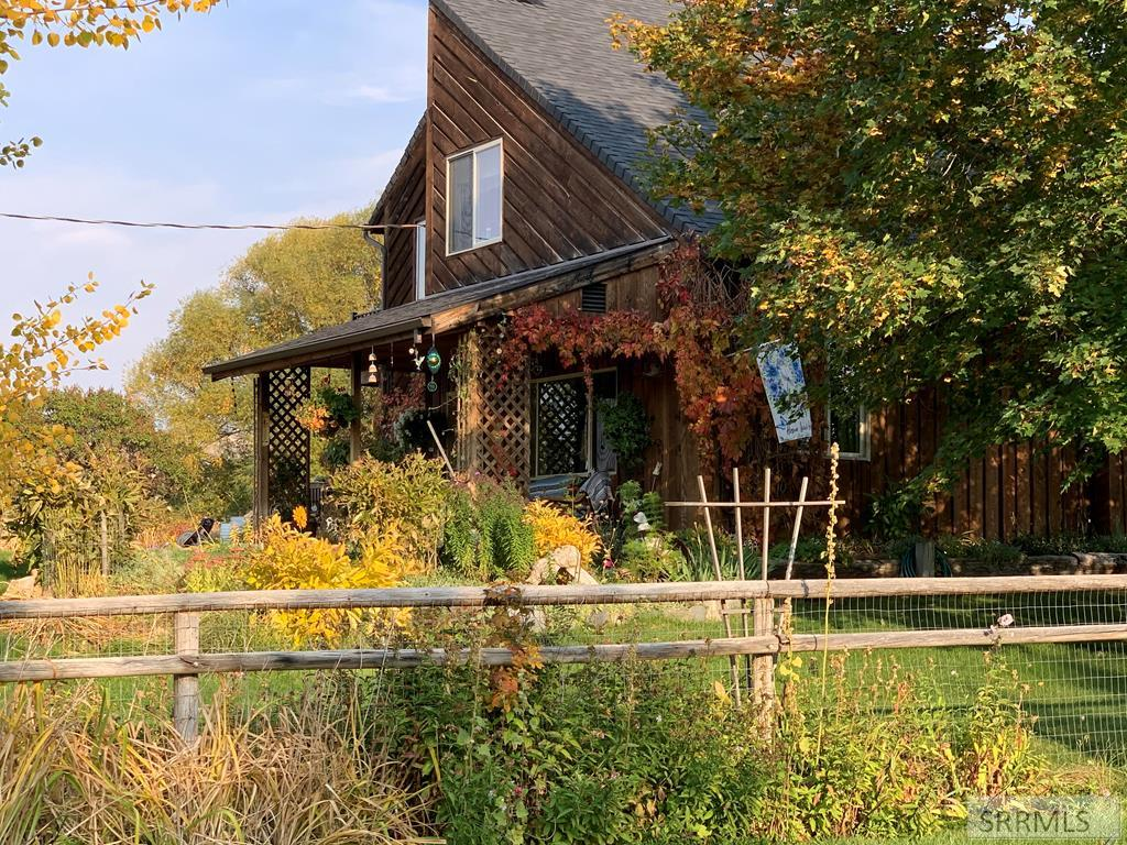 78 S Cherokee Road Property Photo - SALMON, ID real estate listing