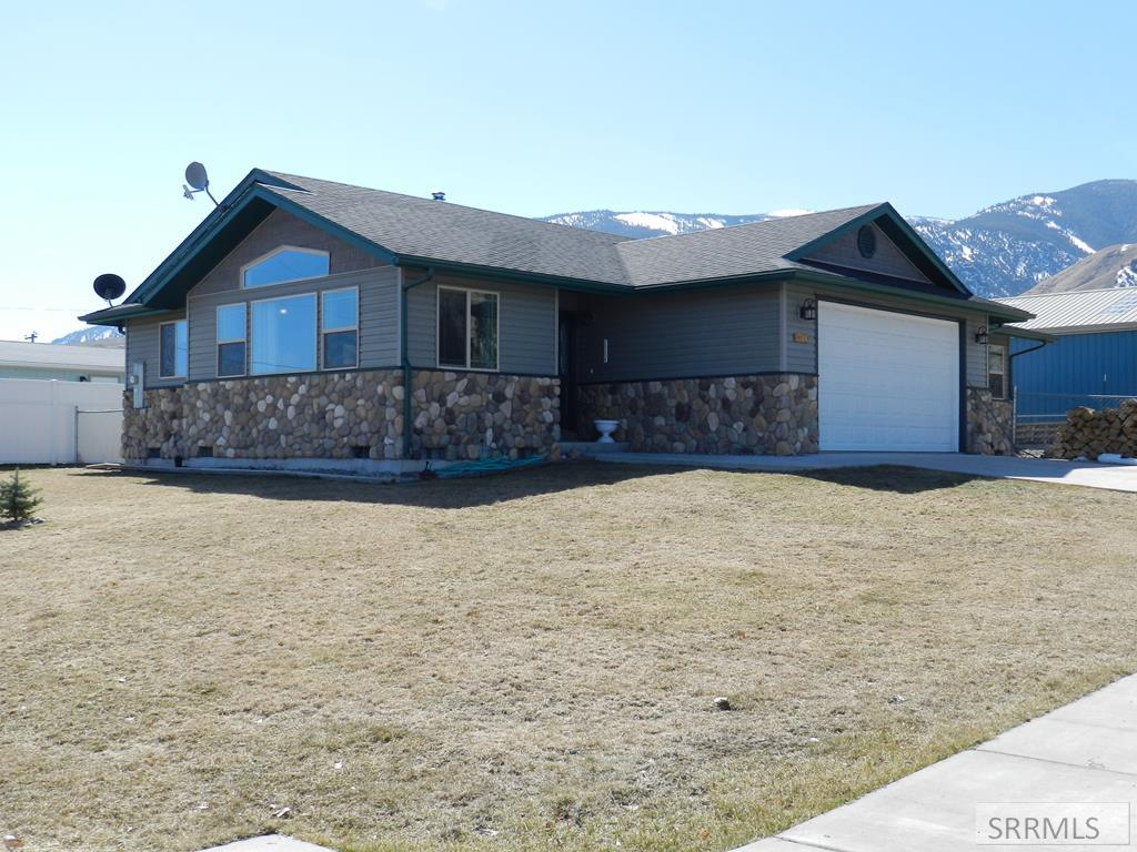 1704 Taft Avenue Property Photo - SALMON, ID real estate listing