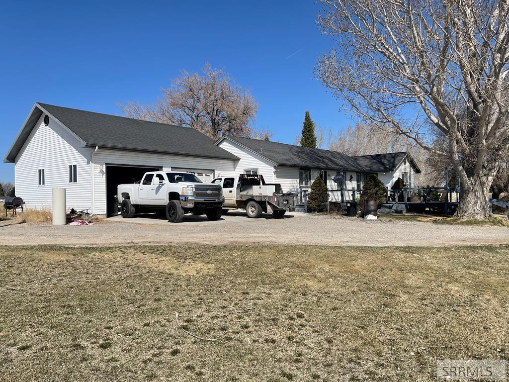 547 E 1500 N Property Photo - SHELLEY, ID real estate listing