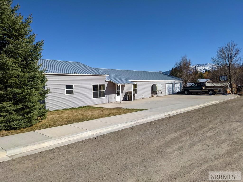 1212 Tendoy Avenue Property Photo - SALMON, ID real estate listing