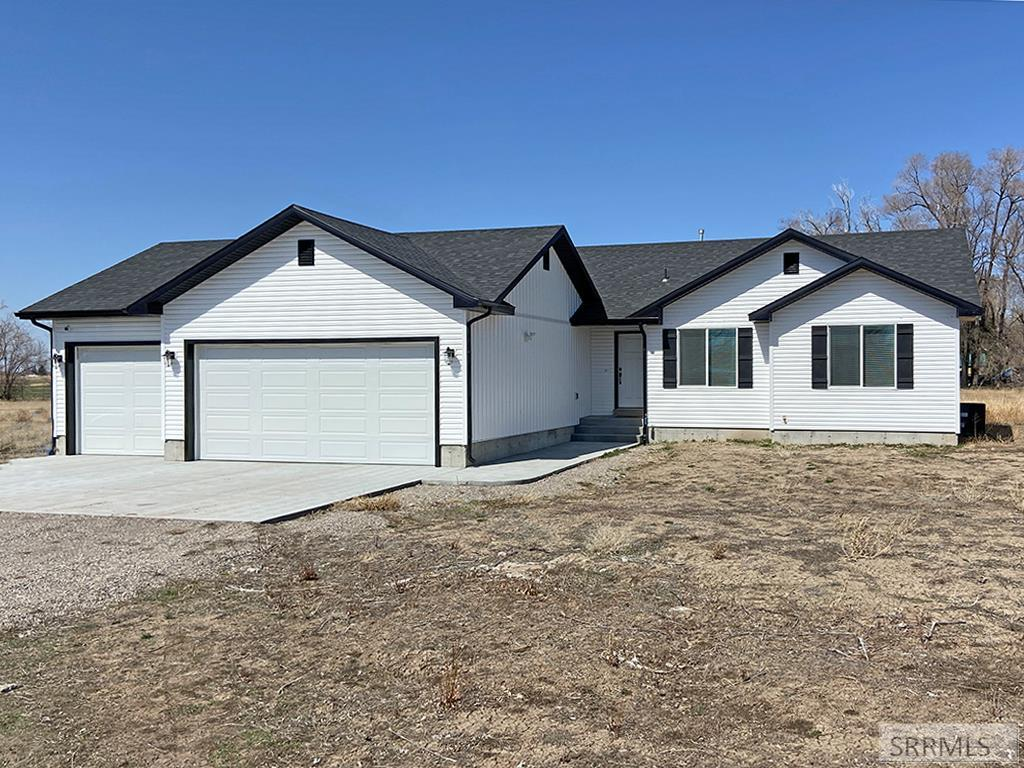 166 S 900 W Property Photo - BLACKFOOT, ID real estate listing