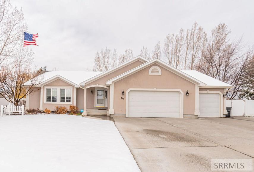 865 Summerfield Drive Property Photo - IDAHO FALLS, ID real estate listing