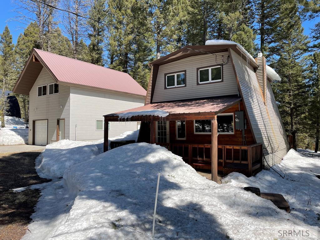 4152 Wooded Lane Property Photo 1