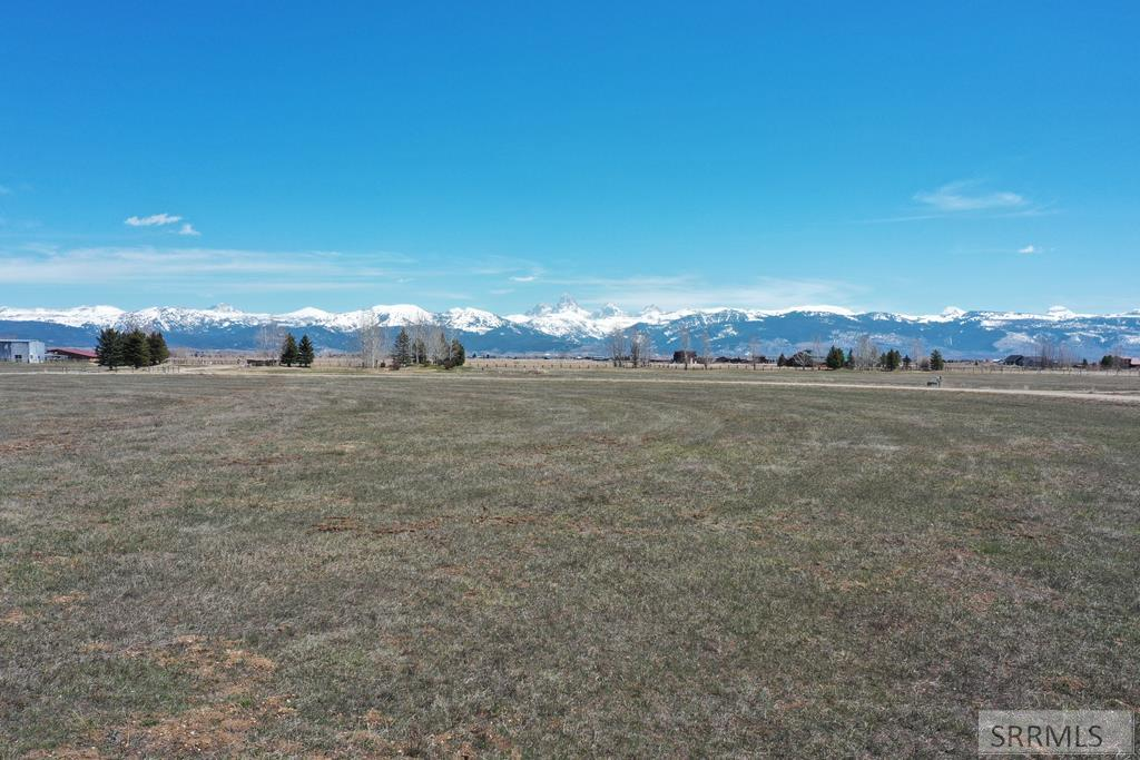 2092 Daydream Drive Property Photo - TETONIA, ID real estate listing