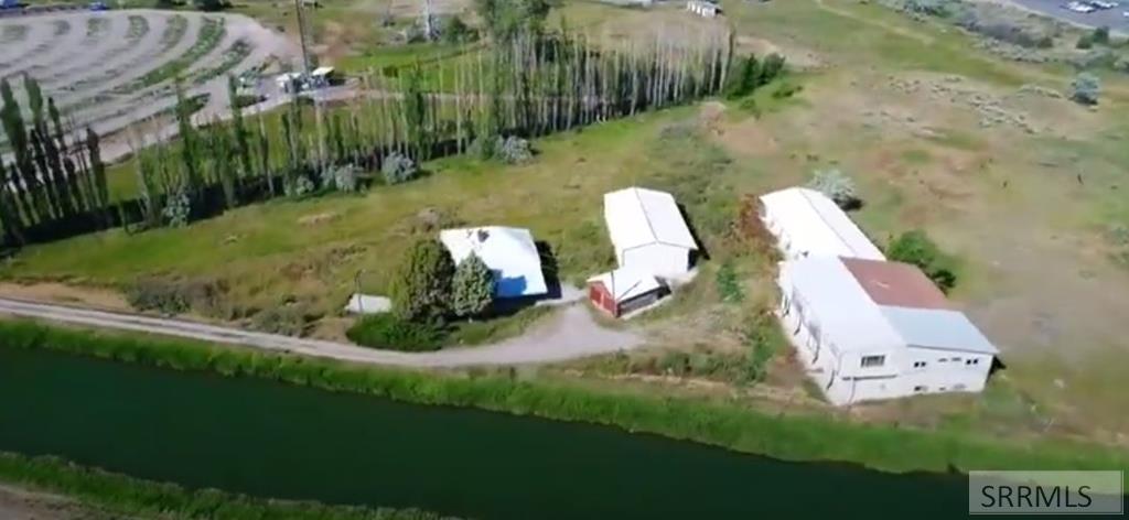 2145 N Yellowstone Hwy Property Photo