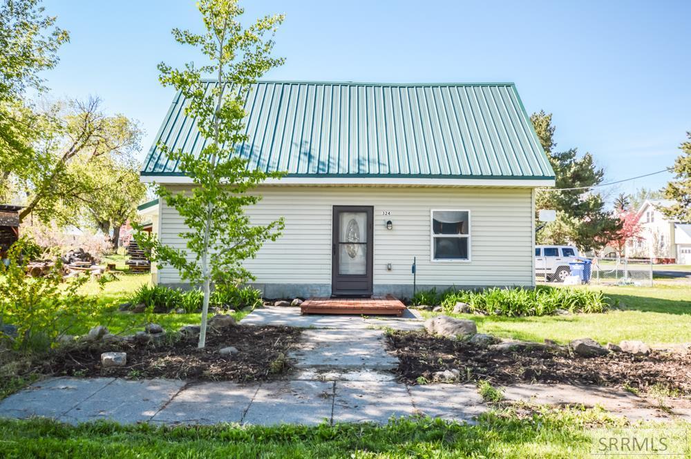 324 Fremont Street Property Photo 1