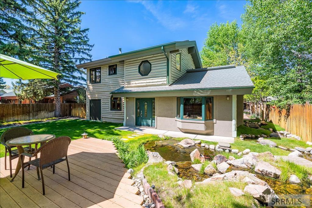 213 N 3rd Street Property Photo 1