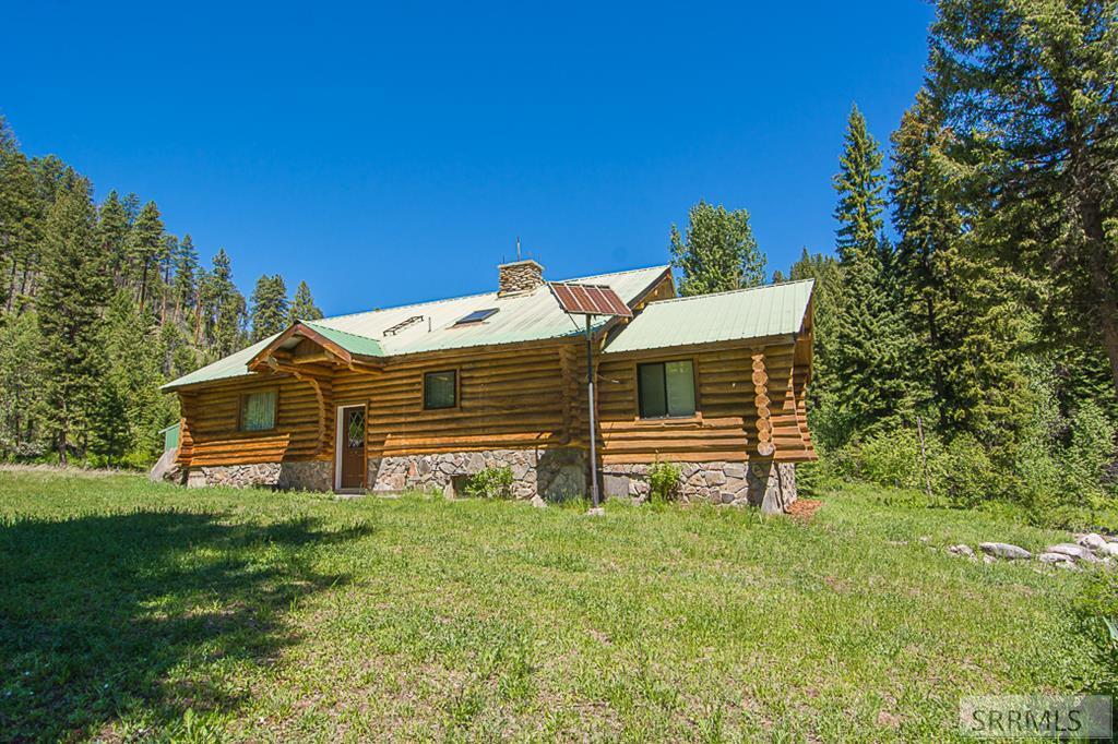 402 Hughes Creek Road Property Photo