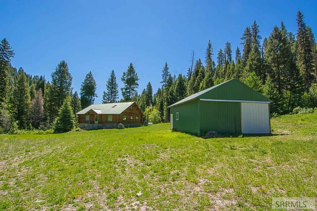 402 Hughes Creek Road Property Photo 3