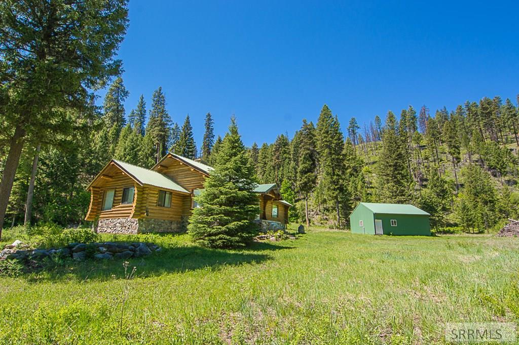 402 Hughes Creek Road Property Photo 5
