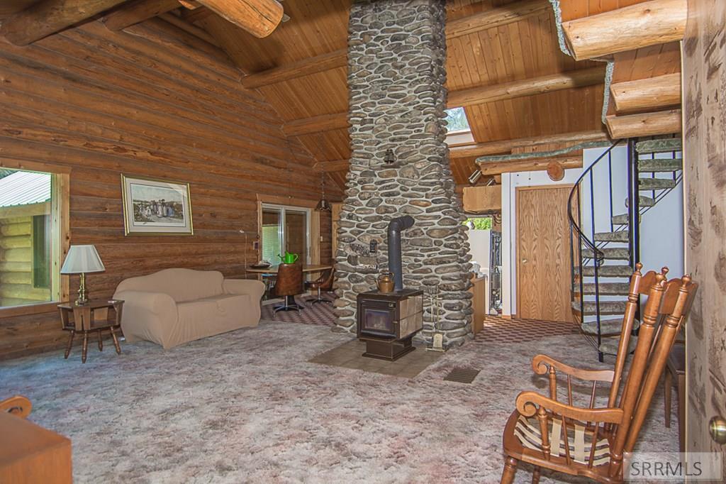 402 Hughes Creek Road Property Photo 16