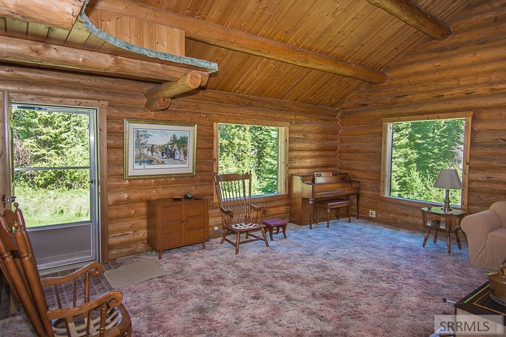 402 Hughes Creek Road Property Photo 18