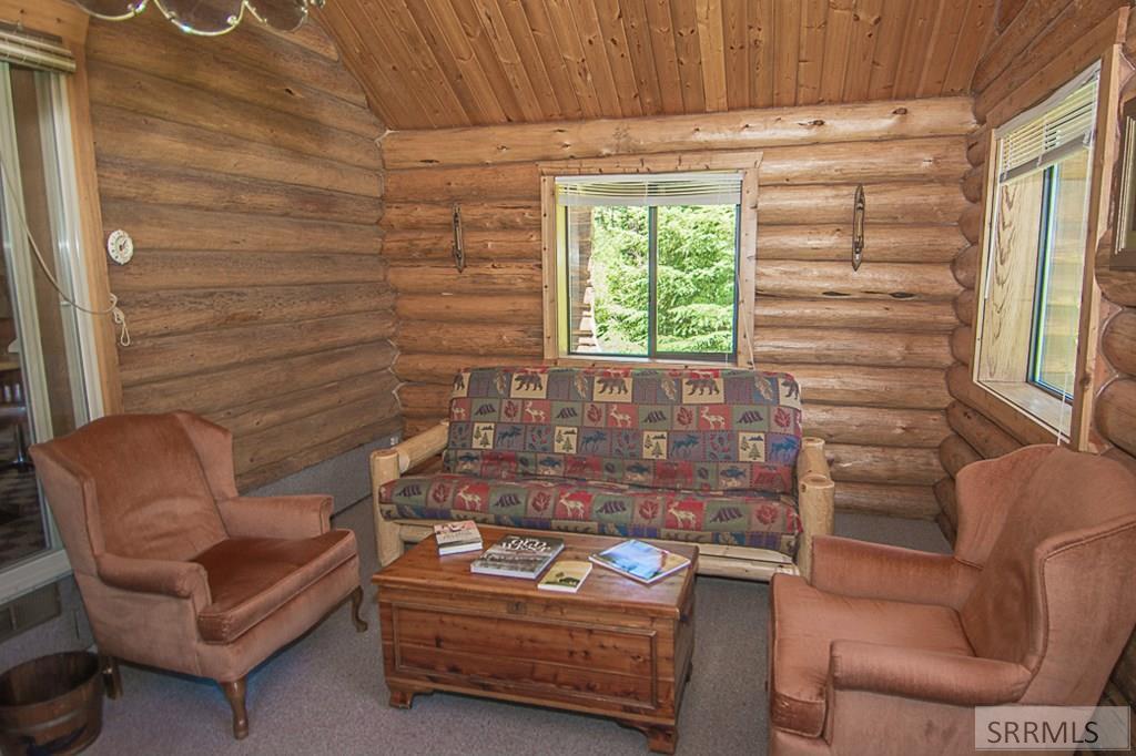 402 Hughes Creek Road Property Photo 23