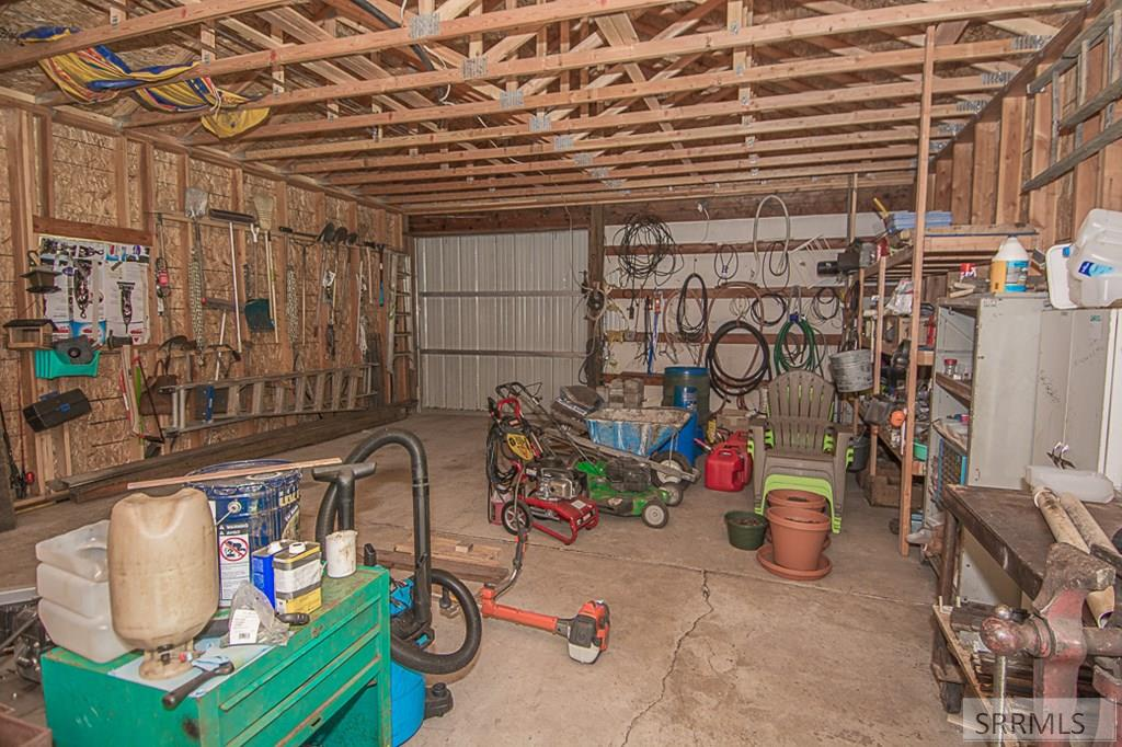 402 Hughes Creek Road Property Photo 42