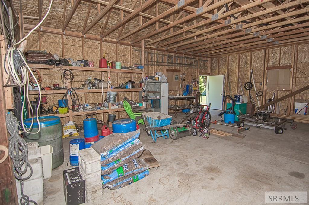 402 Hughes Creek Road Property Photo 43