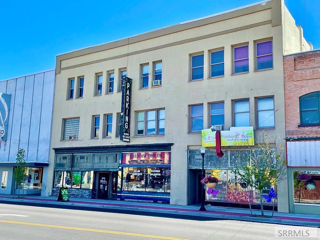 339&341 W Broadway Property Photo