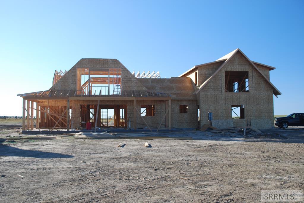 L18b1 River Rim Ranch Road Property Photo