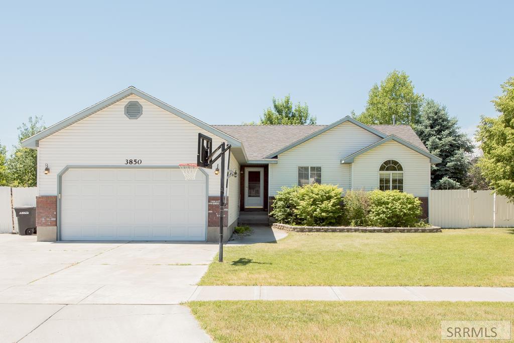 3850 Stonehaven Drive Property Photo