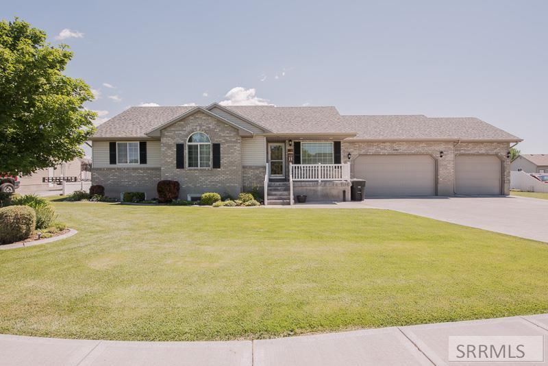 3920 E Milestone Circle Property Photo