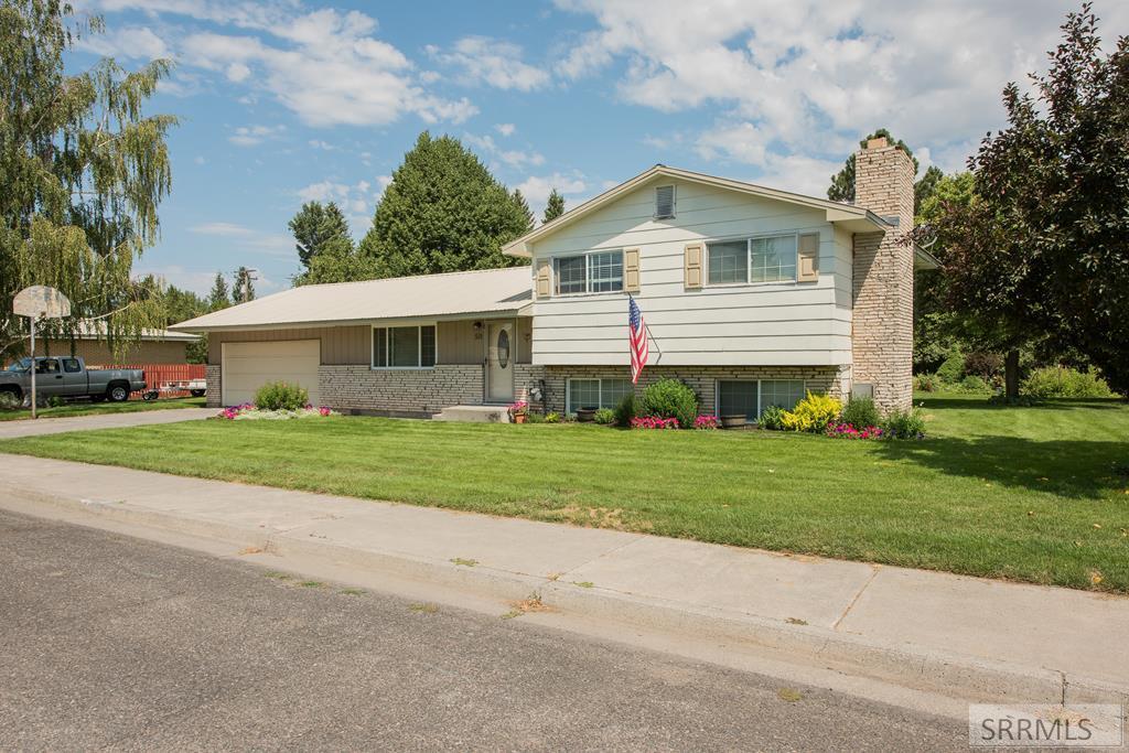 515 Bechler Drive Property Photo