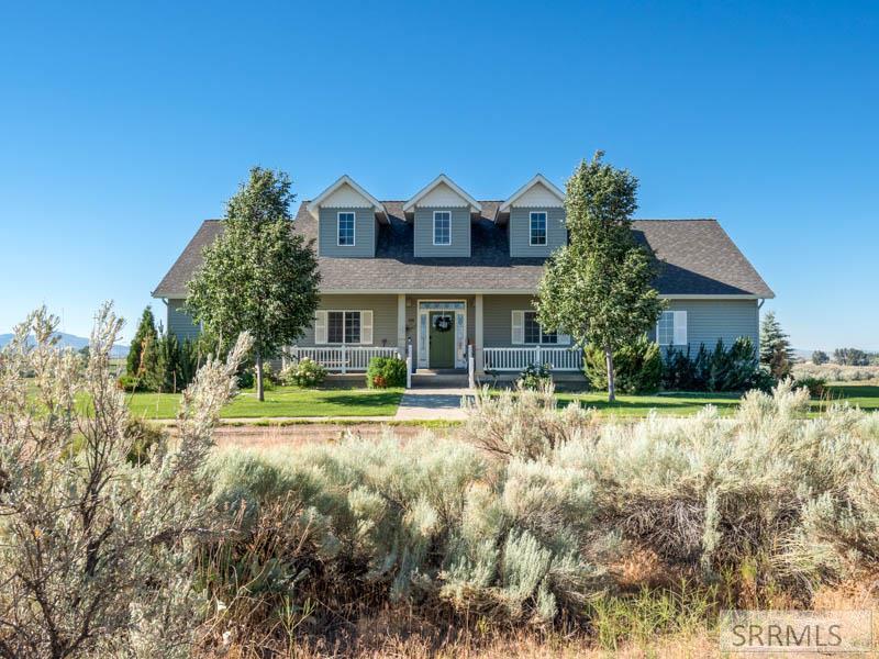 436 Cedar Butte Road Property Photo 1