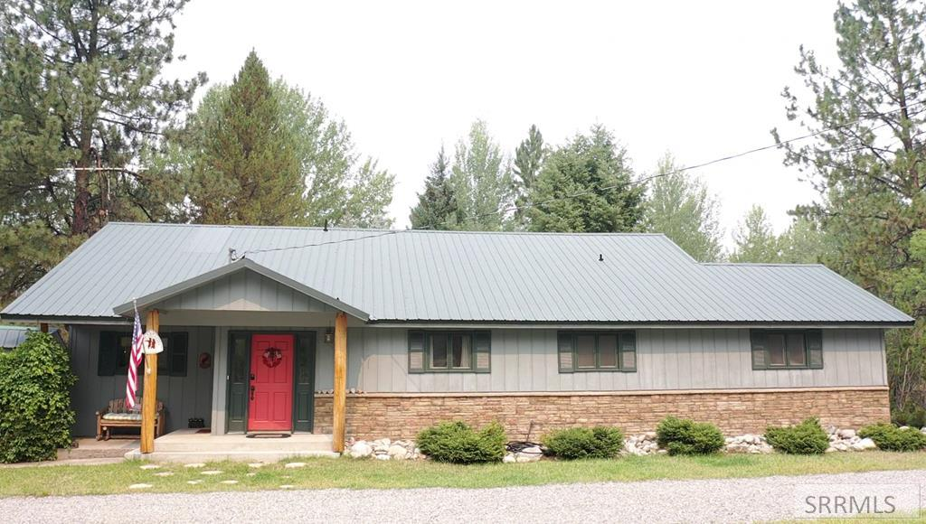 8 Granite Mountain Road Property Photo 4
