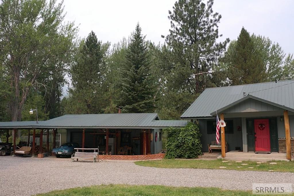 8 Granite Mountain Road Property Photo 5