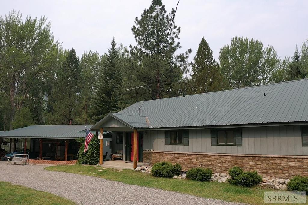 8 Granite Mountain Road Property Photo 6