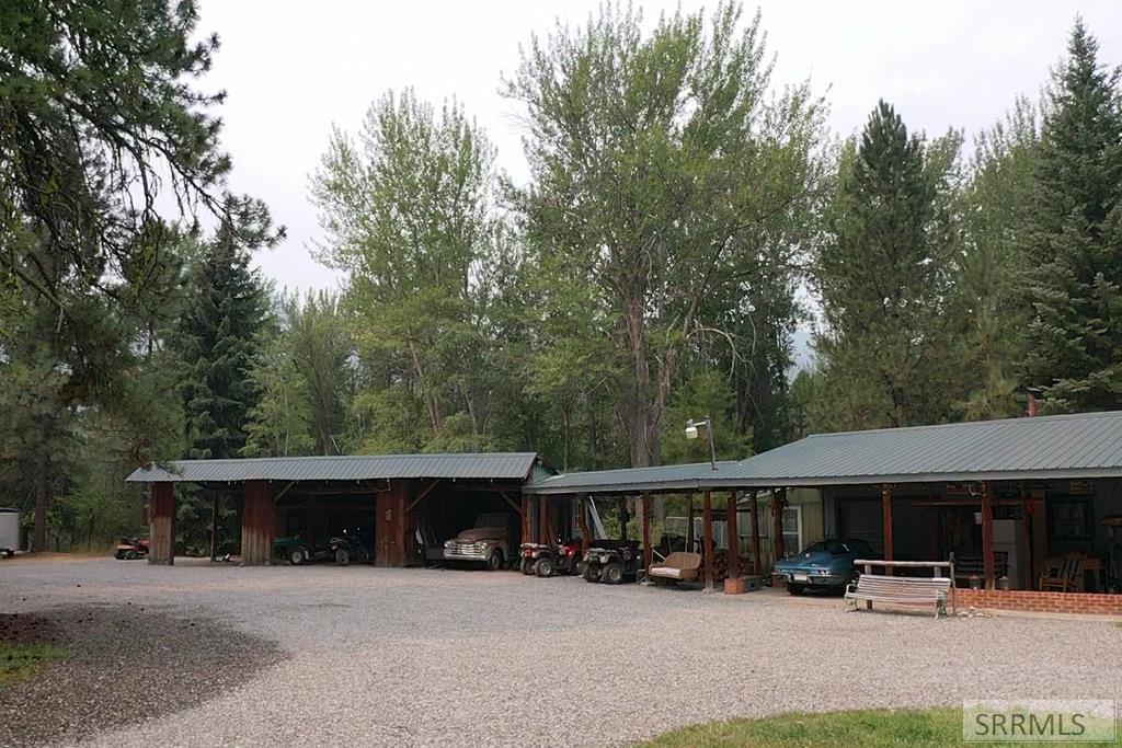 8 Granite Mountain Road Property Photo 9