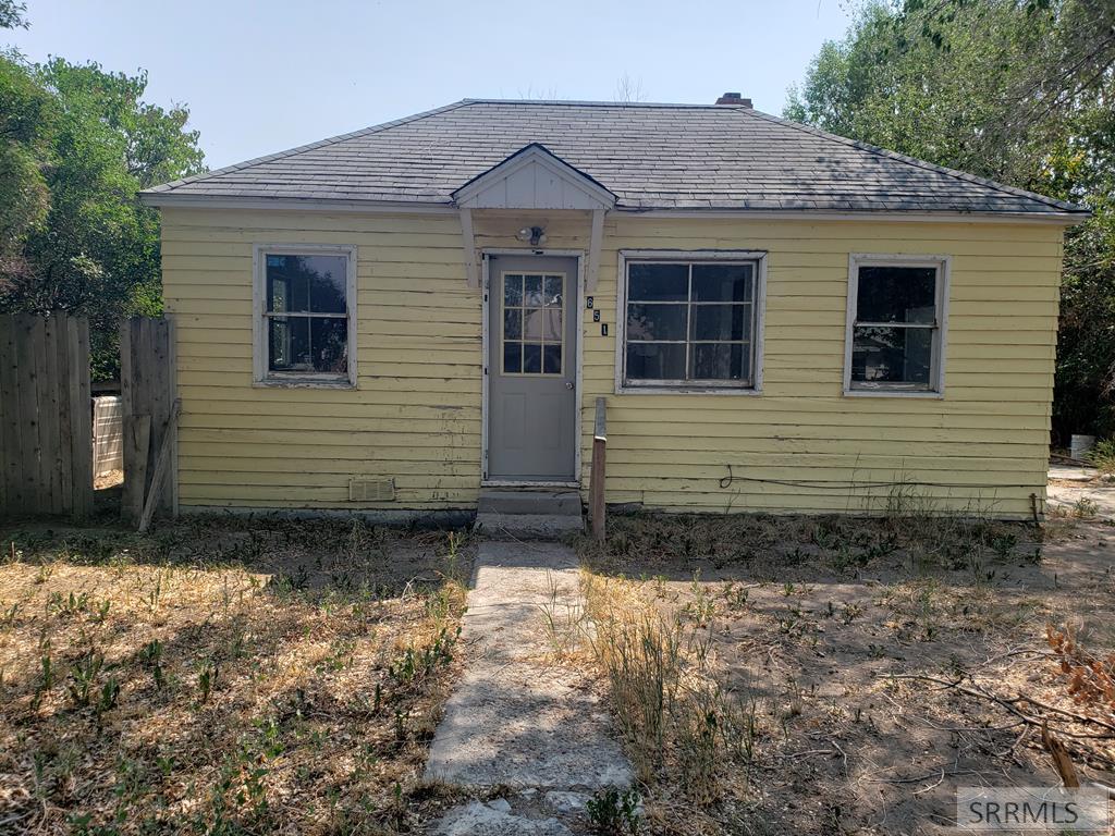651 Decoria Avenue Property Photo 1