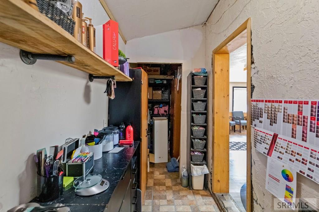 3031 Central Avenue Property Photo 27