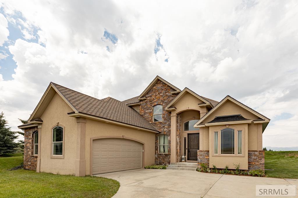 40 Baywood Property Photo