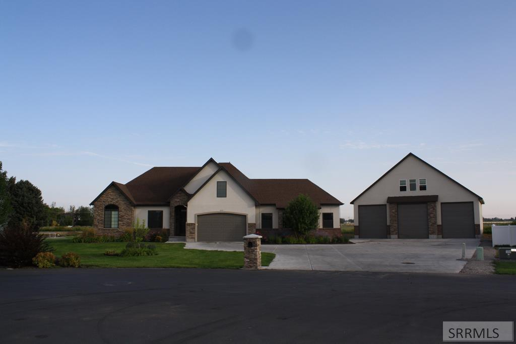 4599 Ladyhawk Lane Property Photo