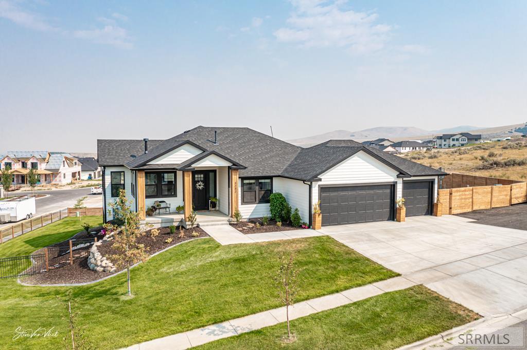 3242 Iron Bend Drive Property Photo