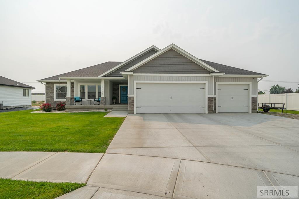 5006 Gallant Drive Property Photo