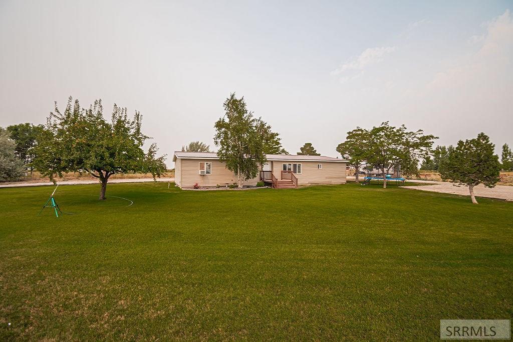 4261 E 100 N Property Photo