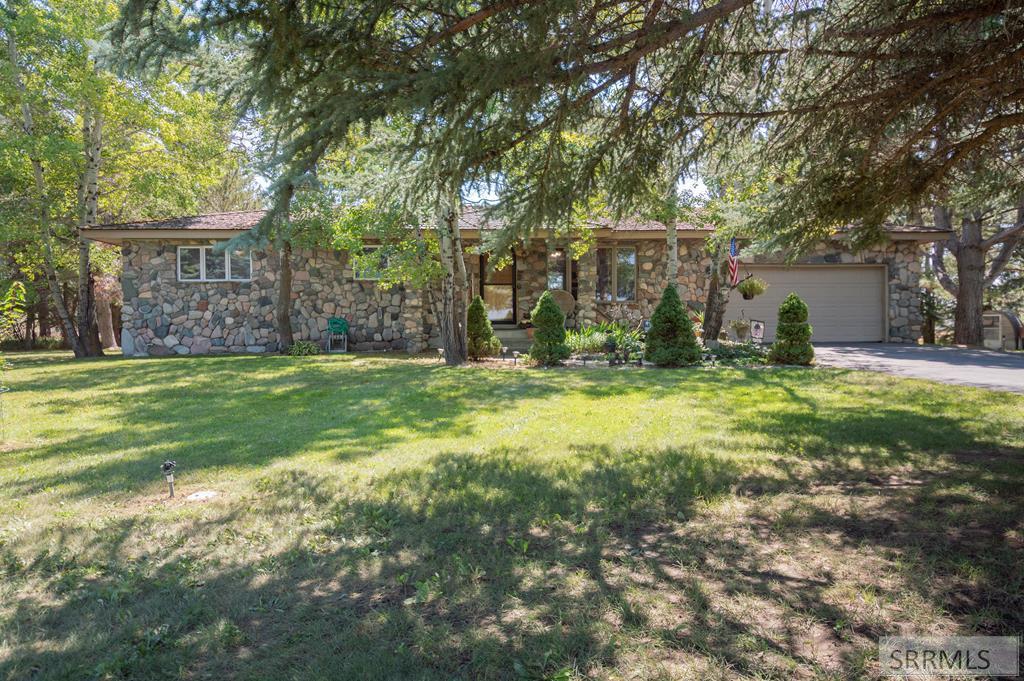 3742 E 65th S Property Photo