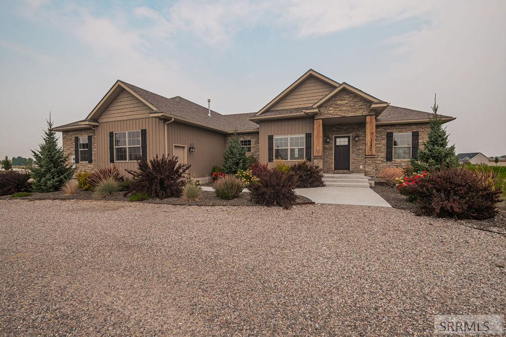 142 N 3721 E Property Photo