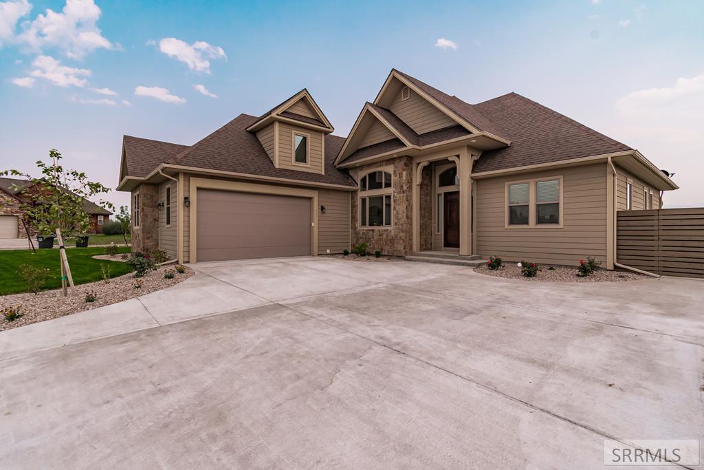 135 Sagewood Drive Property Photo