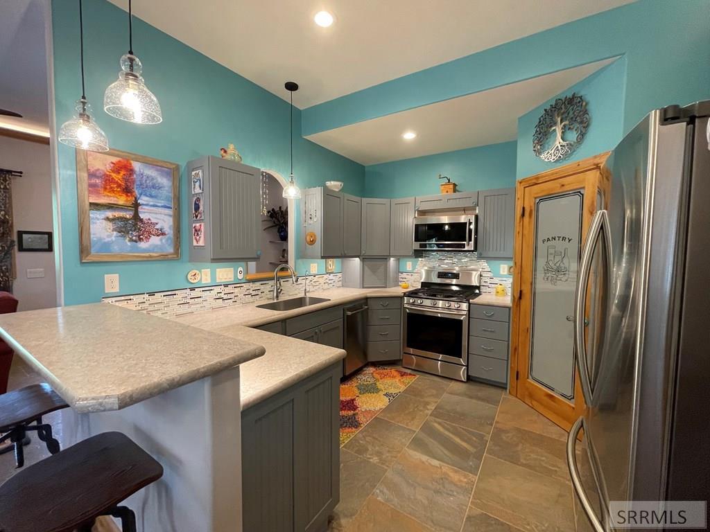 123 Tower Creek Road Property Photo 2