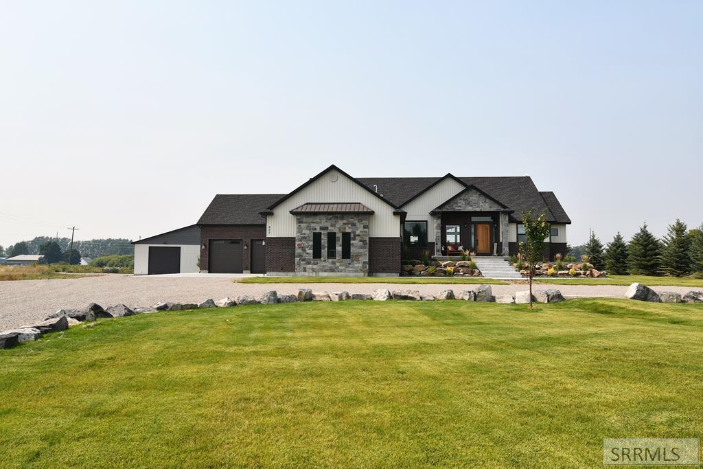 603 N 4138 E Property Photo