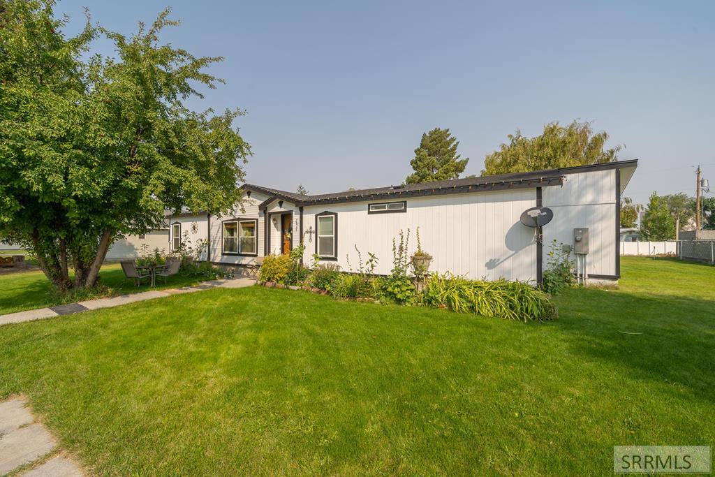 2869 E 657 N Property Photo