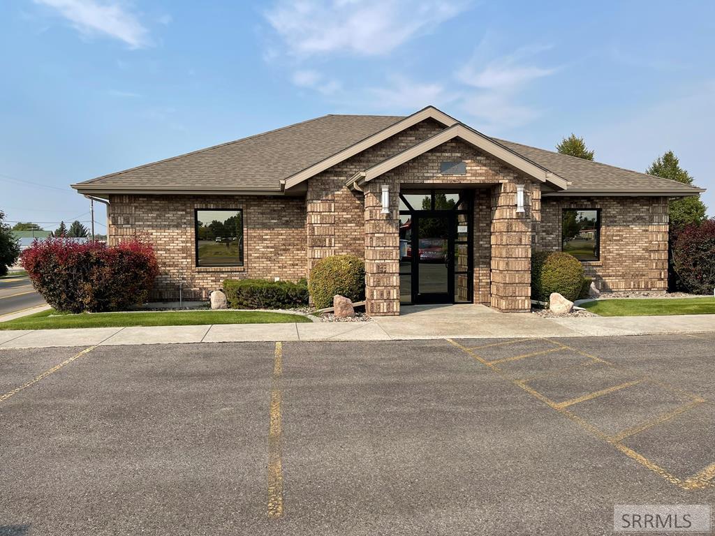 220 N Meridian Street Property Photo