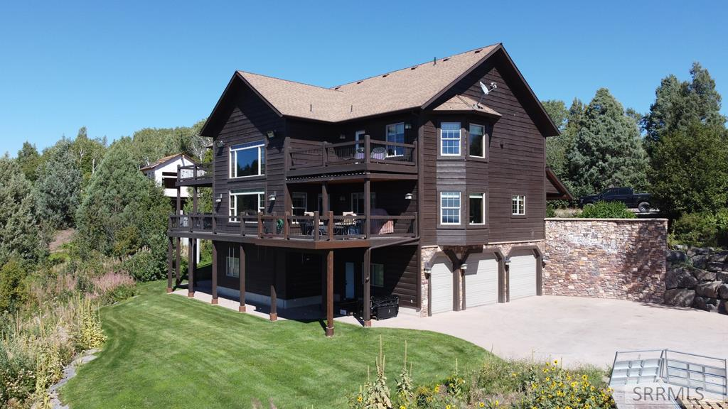 1715 Mountain Maple Drive Property Photo