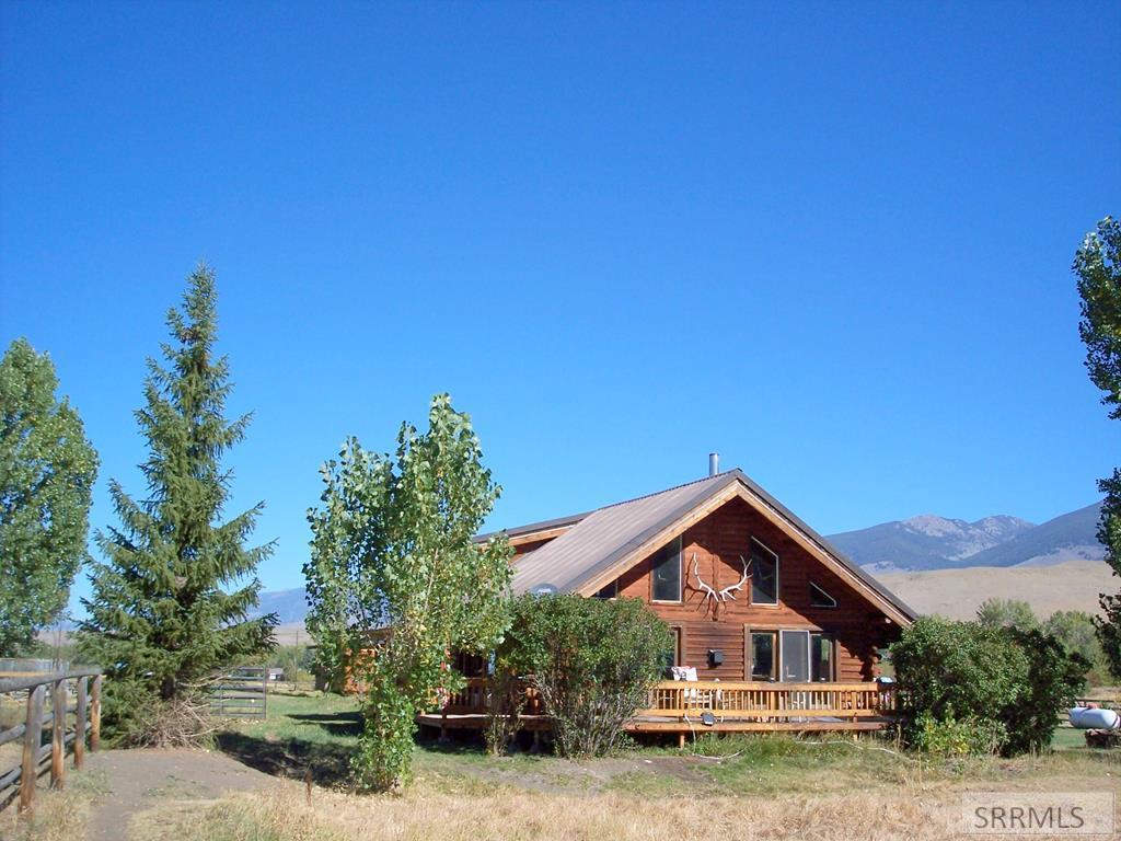 13 Seventeen Mile Road Property Photo