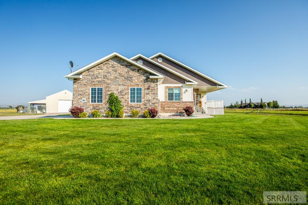 154 N 4433 E Property Photo