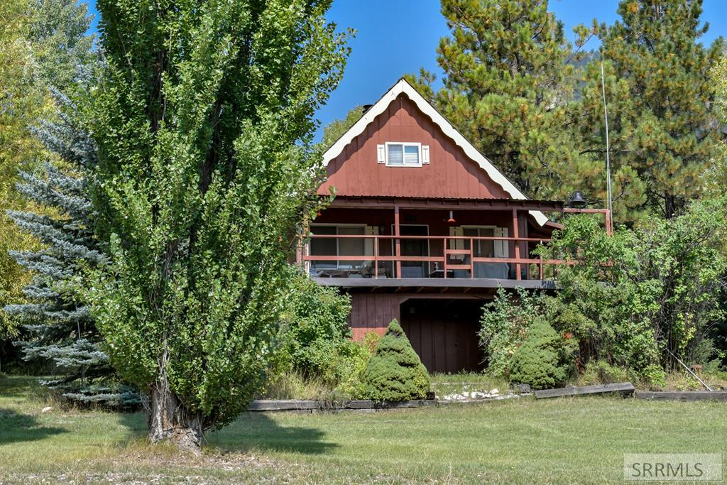 99 Hummingbird Lane Property Photo