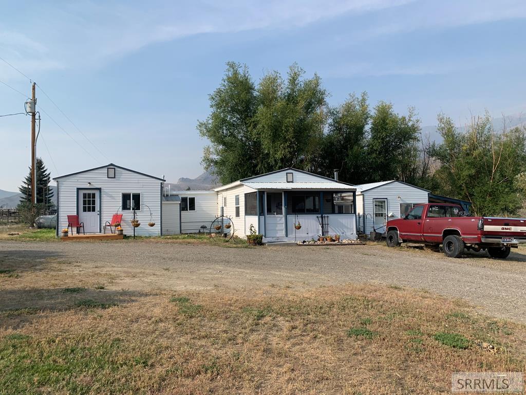 114 River Drive Property Photo
